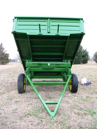 acoplado volcador manual opcional hidráulico de uso rural