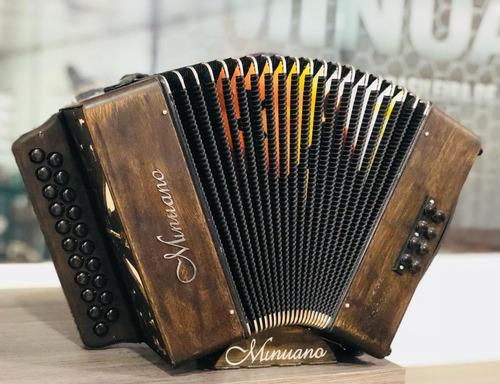 acordeon minuano 8 baixos 8/21 envelhecida - gaita de botão