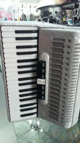 acordeon todeskine 80 baixos nova