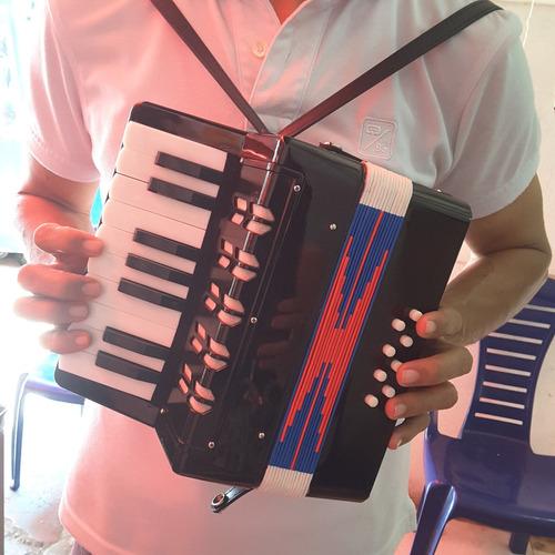acordeon vallenato grand niños aprendiz verde ! sonido real!