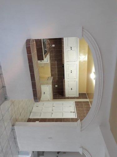 acr/ hermosa casa recién remodelada por la central de abastos