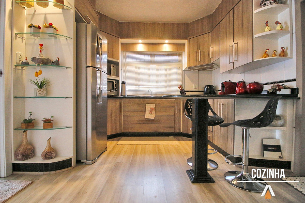 acrc imóveis - casa incrível à venda, com 03 dormitórios sendo 01 suíte, área de lazer e garagem coberta - ca00926 - 33726949