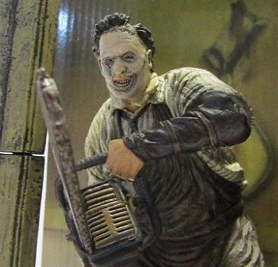 action figure  spawn movie maniacs 7 - leatherface