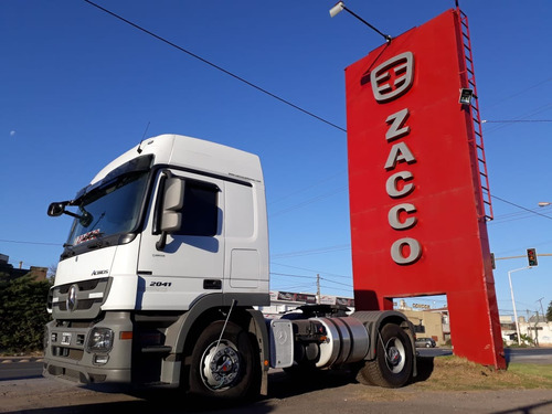 actros 2041 automático 430kms  permutafinancio zaccocamiones