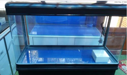 acuario importado de 160 litros aprox.