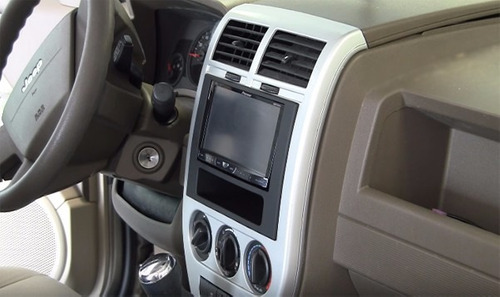 adaptador cambio radio dodge caliber  2007 - 2008 doble din