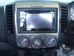 adaptador original para radio mazda bt-50