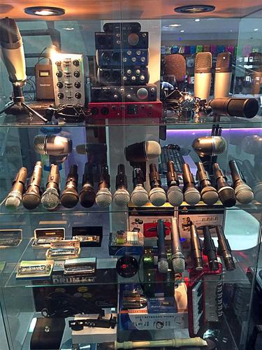 adaptador plug 6.5 hembra a miniplug 3.5 macho - la roca