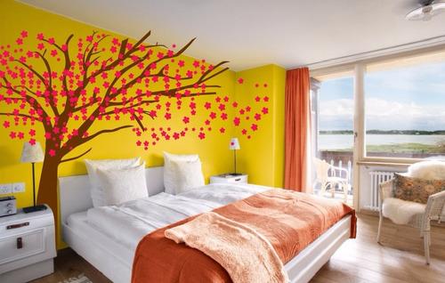 adesivo decorativo árvore voando mod 1 (245x250)cms