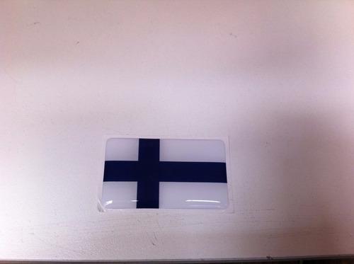 adesivo resinado da bandeira da finlândia 5x3 cm