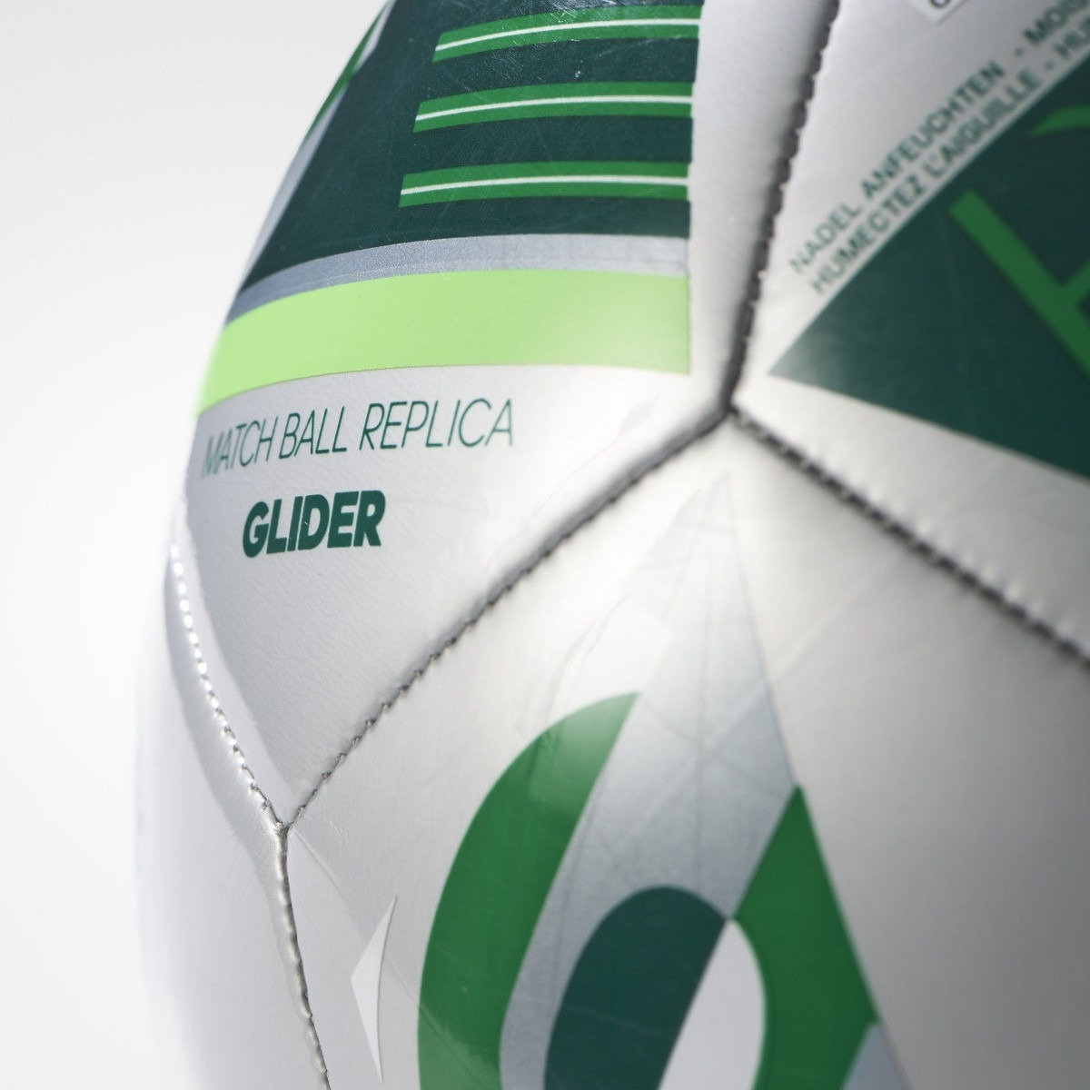adidas balon de futbol euro glider 5 platedo uefa champions. Cargando zoom. d284f85bb08d7