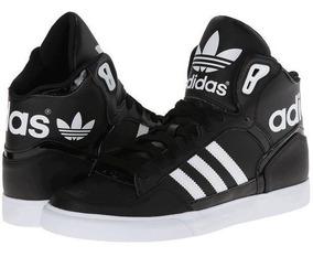 botas negras adidas