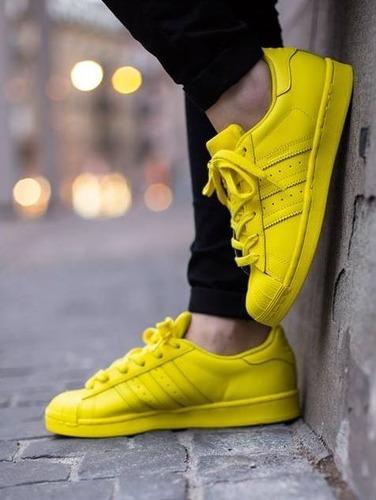 adidas superstar se ponen amarillas