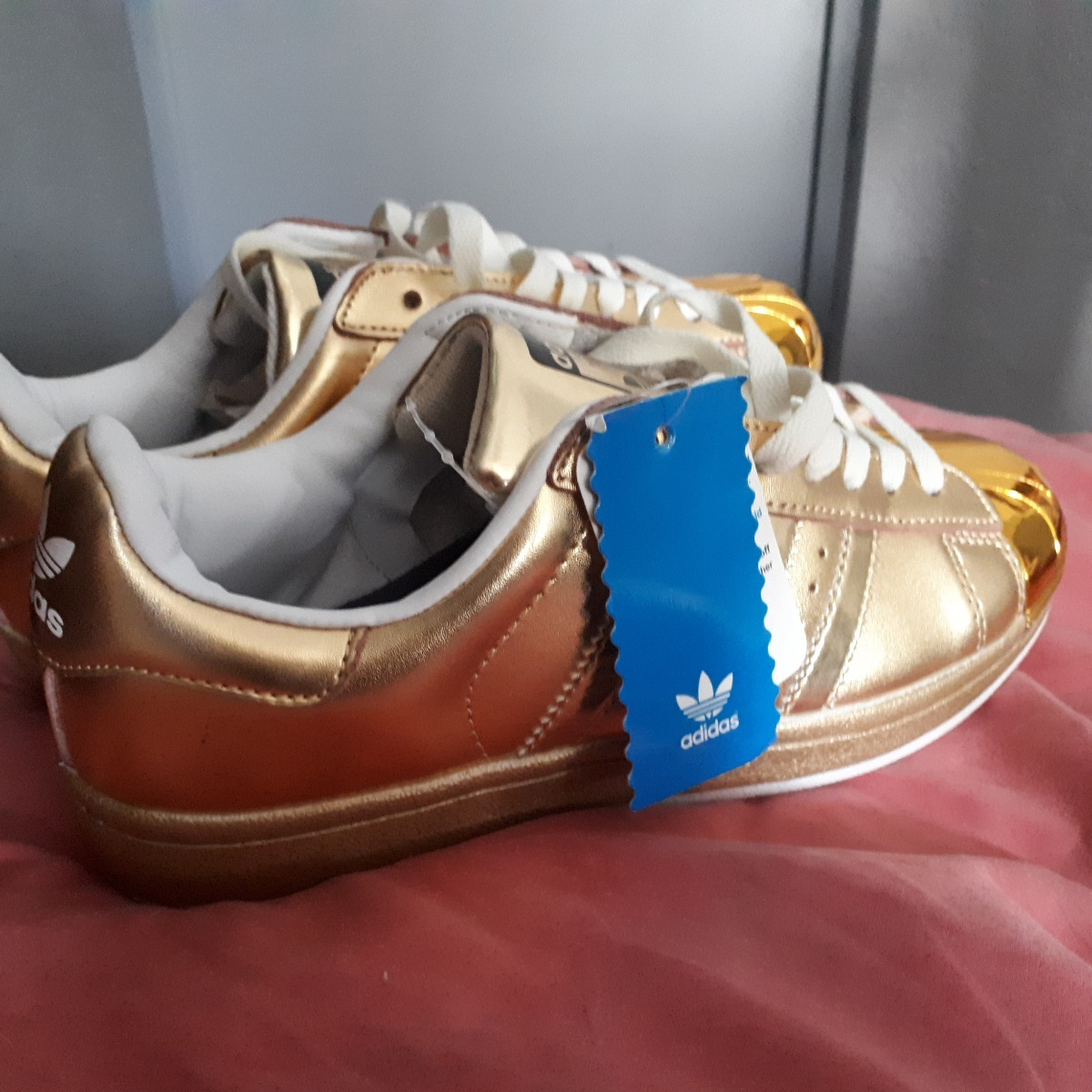 adidas Superstar 80s Metal Golden Point Tenis Hombre
