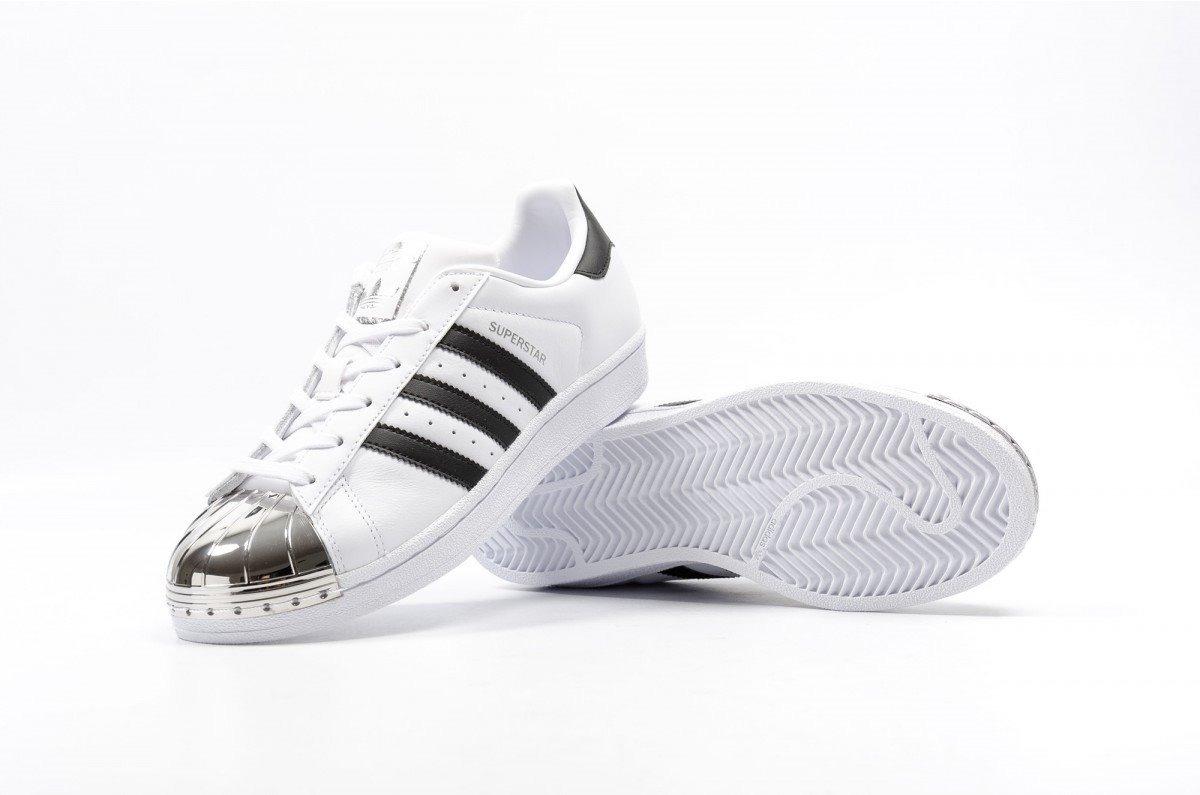adidas superstar blancas y plateadas
