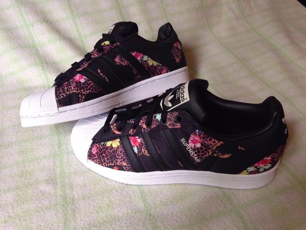 télex Nunca Escrutinio  zapatillas adidas superstar mujer floreadas - Tienda Online de Zapatos,  Ropa y Complementos de marca