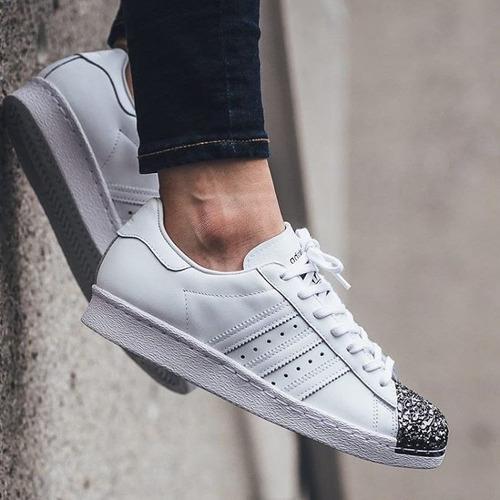 best sneakers 44f19 a44bf adidas superstar puntera metal