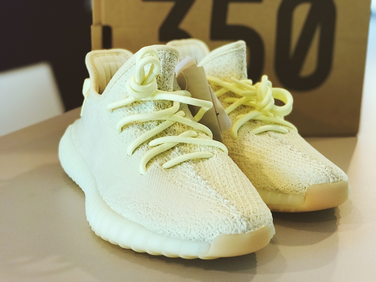 innovative design 8d247 1e451 adidas Yeezy 250 V2v Butter 42