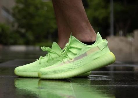 official photos ff5c0 e90fa adidas Yeezy Boost 350 V2 Neon Green + Envío Gratis