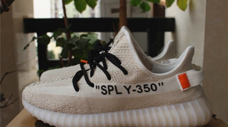 new arrivals 78866 e8958 adidas Yeezy Boost 350 V2 Off-white