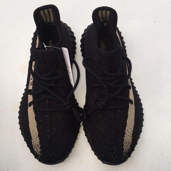 43ac03457247c adidas Yeezy Boost Sply 350 V2 - Black Friday Original - R  399