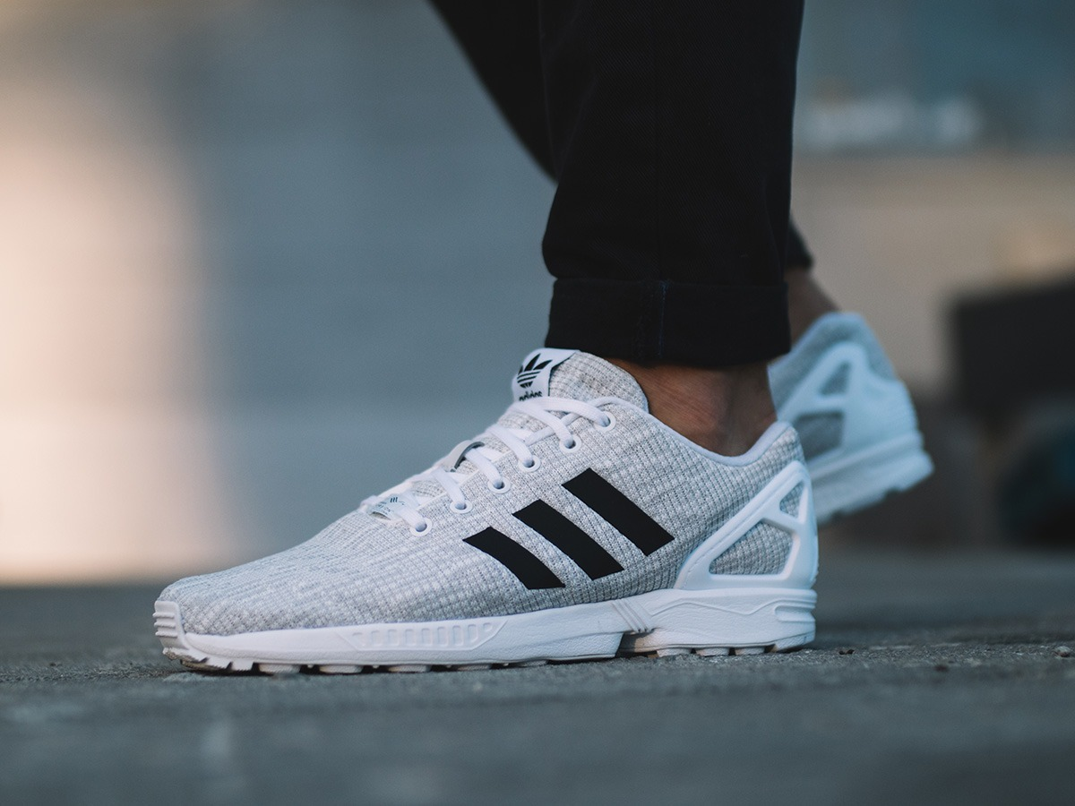 2b89f2f244aa0 ... ftwr white fadidas shoes clearanceadidas sale joggersretailer b41fc  aeae8  greece adidas zx flux by9413. cargando zoom. 16475 afb9b
