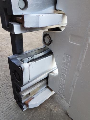 aditamento cascade carton clamp p/montacargas