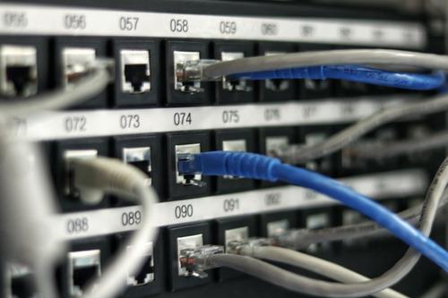 administración servidores, redes, virtualización, usuarios