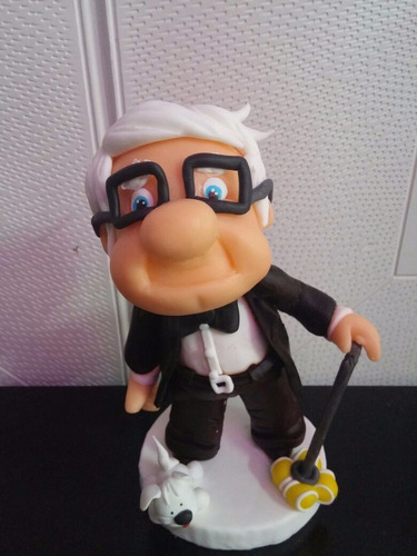 adorno abuelo up porcelana fria