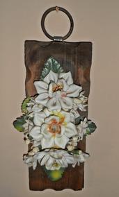 Adorno Antiguo De Pared Con Flores De Migajón