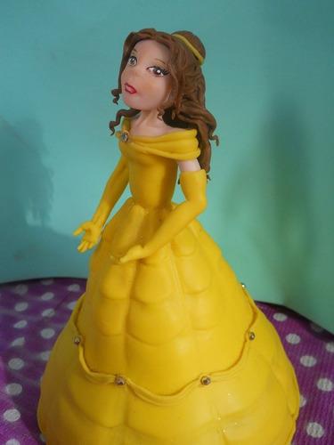 adorno de torta en porcelana fría disney princesa bella