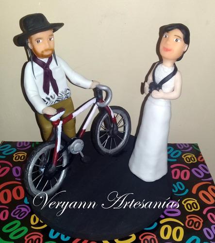 adorno de torta personalizado en porcelana fría boda