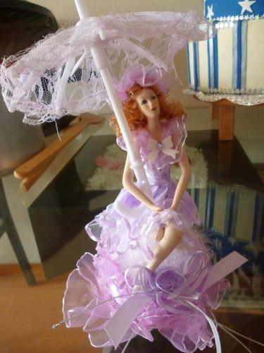 adorno muñeca que da vueltas con caja musical