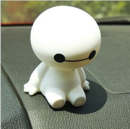 adorno para auto robot baymax cabeza movible