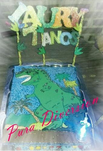 adorno para torta con brillos y pintados a mano!