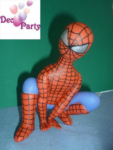 adorno torta o souvenirs en porcelana fría. hombre araña.
