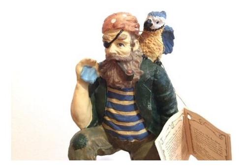 adorno/figura pirata con ave. n16