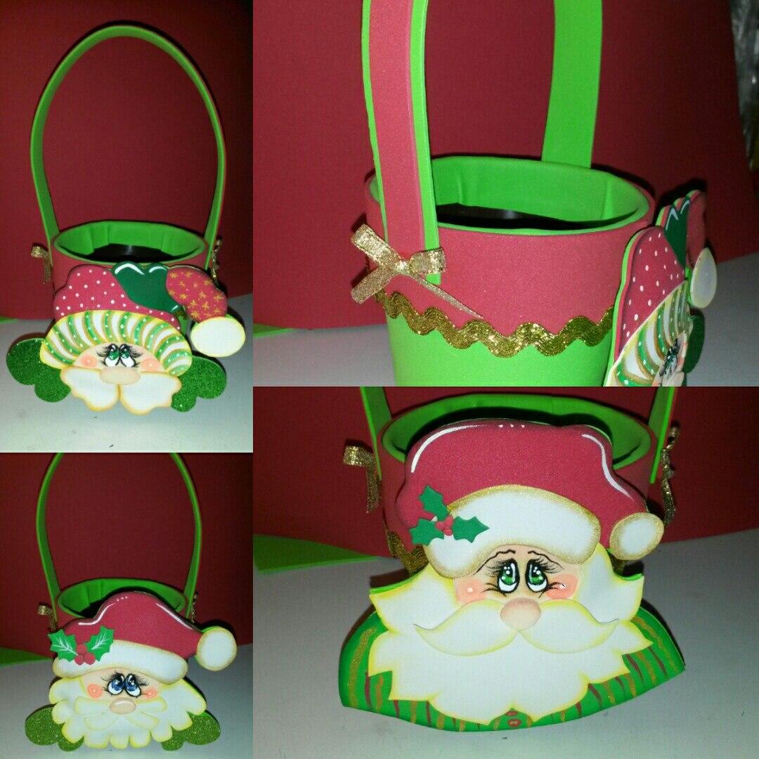 Adornos de navidad en foami cesta arbolito santa con for Cesta arbol navidad