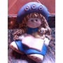 Muñeca Con Libro Y Oso En Ceramica Pintada A Maño Al Frio