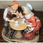 Figura Bellos Abuelos Porcelana Italiana Capodimonte