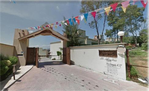 adquiere hermosa casa en venta directa!!los alcanfores