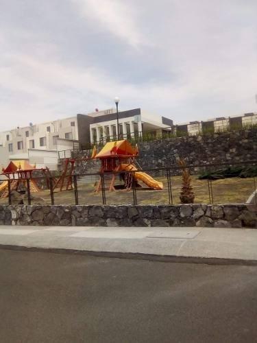 adr/ hermosa casa en venta en residencial del parque