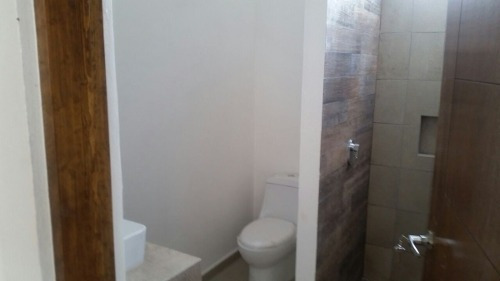 adr/ hermosa casa en venta en zibatà
