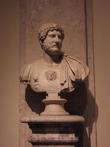 adriano. denario de prata romano. roma! qualidade!!!