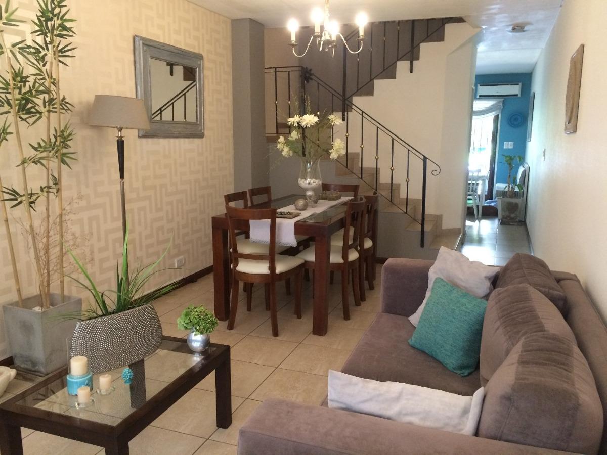 adrogue - triplex 3 dormitorios, jardín, quincho, parrilla