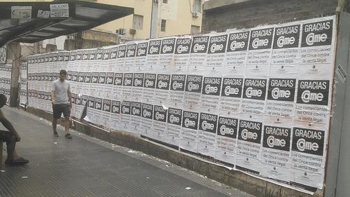 afiches vía pública, impresión, fijación, pegatinas, pegado