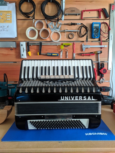 afinação e manutenção de acordeons