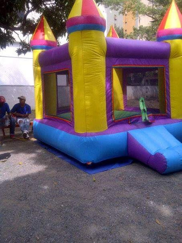 agencia de festejos/colchones inflables/todo para su fiesta