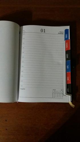 agenda 2018 un día por página tapa símil cuero