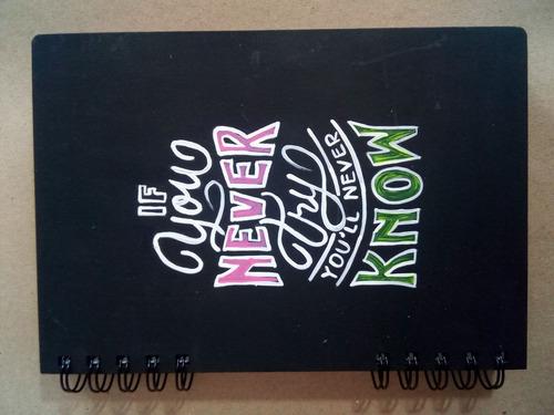 agendas personalizadas en mdf, cortadas y grabadas a láser.